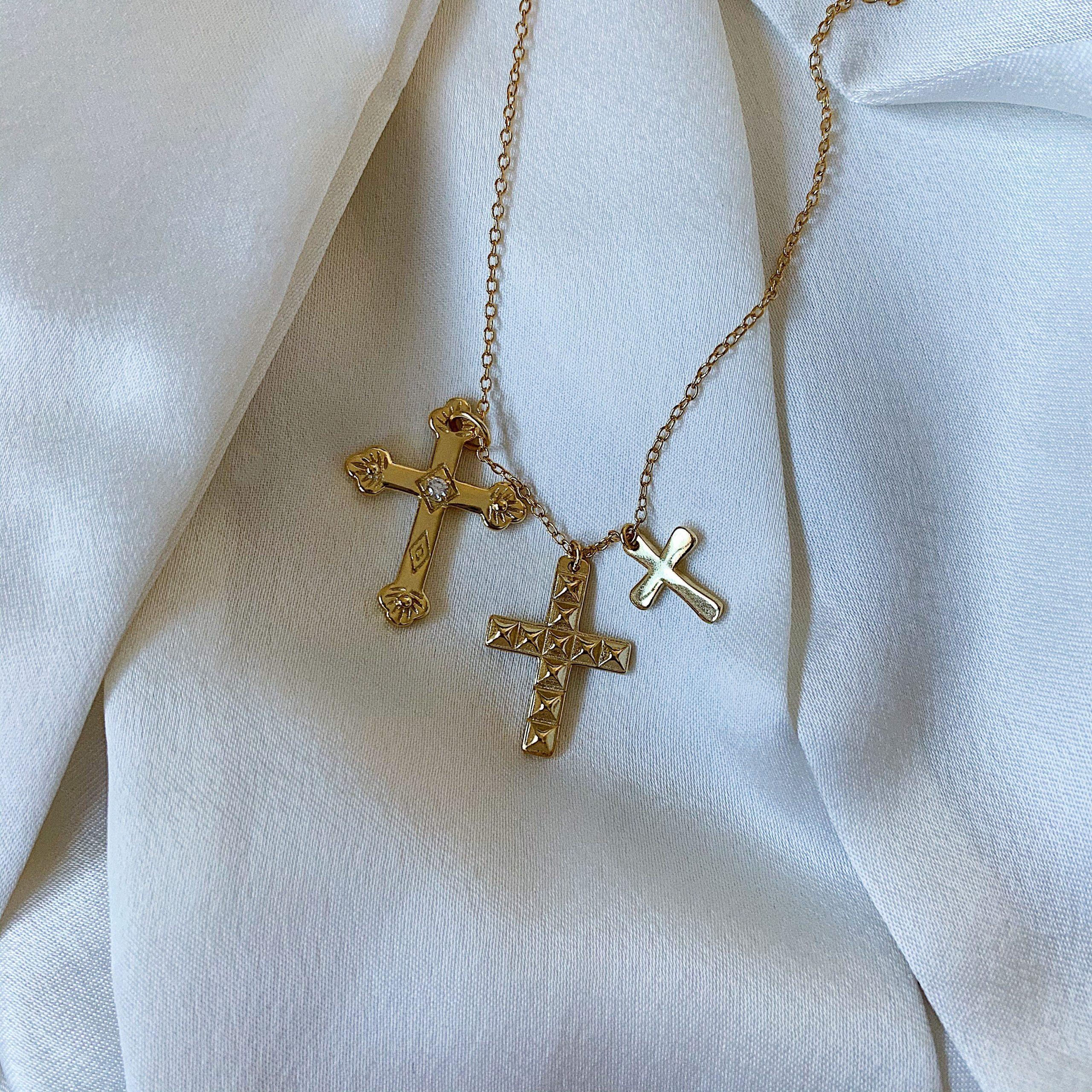joyería paezma barcelona colgante tres cruces